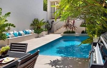 Bể bơi mini dành cho gia đình có diện tích nhỏ