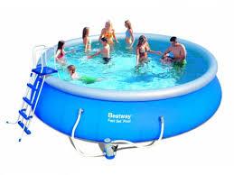Bể tắm gia đình KT : 4.57m x 1.22m
