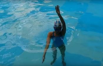 Dạy bơi ngửa đúng kỹ thuật